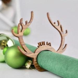 """Tischkarten / Platzkarten für Geburtstage, Hochzeiten, Konfirmation & mehr Edle Tischkarten für Weihnachten """"Rudolph"""" aus lasiertem Holz – Platzkarten Namensschilder Geweih"""
