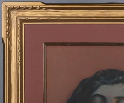 Corner frame profile view