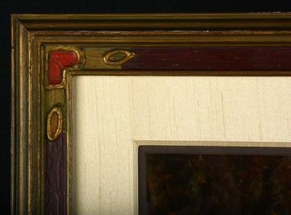 Stunning Framed Corner Profile Detail
