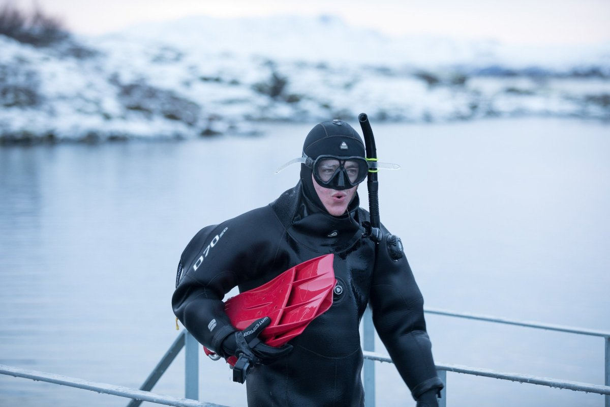 Only In Iceland – Winter Snorkelling At Silfra