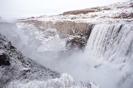 Dettifoss by Art Bicnick