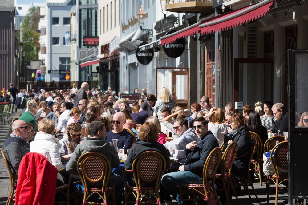 Best Of Reykjavik: Outdoor Drinking In The Theoretical Sun
