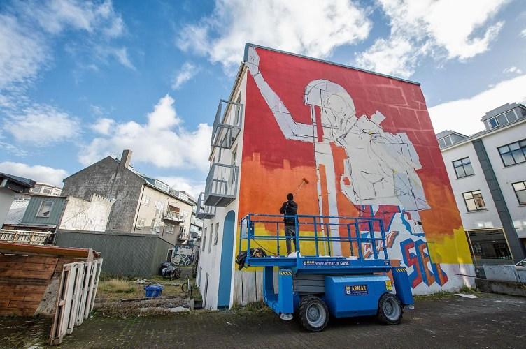 Airwaves Brings Lyrical Wall Art Series To Reykjavík