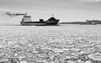 Nature_Ship_Cargo_BW_Ice_53729_detail_thumb