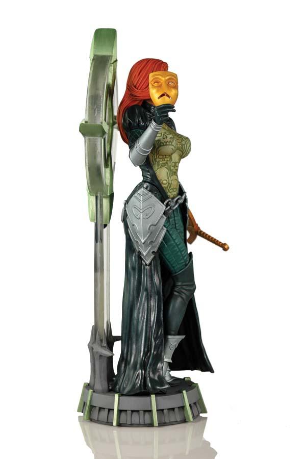 Joseph Michael Linsner's Dawn Statue