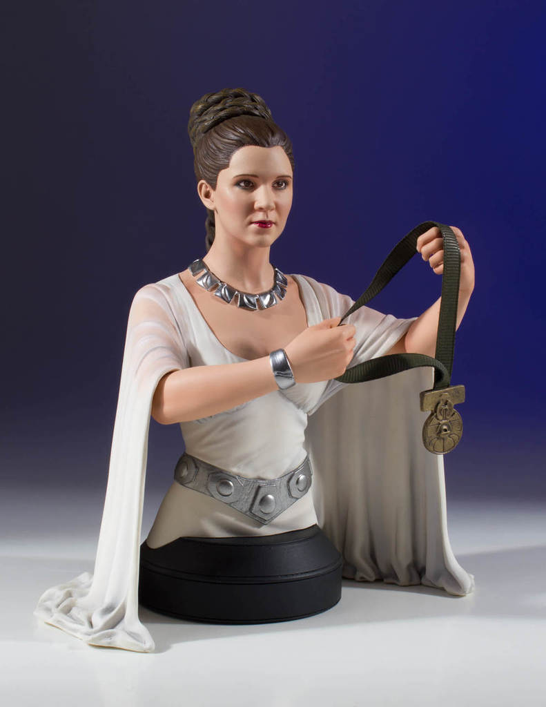 Star Wars Princess Leia Hero of Yavin Mini-Bust