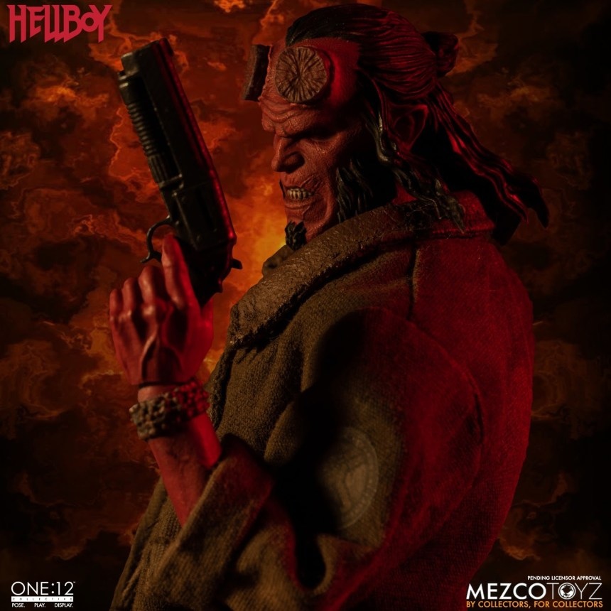 Hellboy One:12 Collective Figure