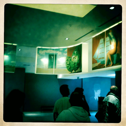 Magritte Exhibition - Bxl, good old iPhone 3 / Hipstamatic