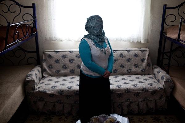 https://i1.wp.com/graphics8.nytimes.com/images/2012/04/26/world/middleeast/26iht-women/26iht-women-articleLarge.jpg