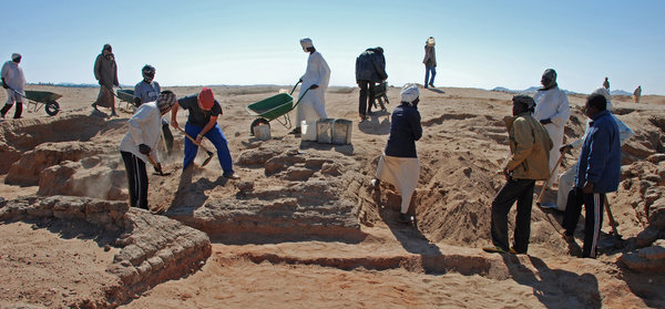 Excavation work in Sedeinga, where 35 small pyramids have been found in the past few years.