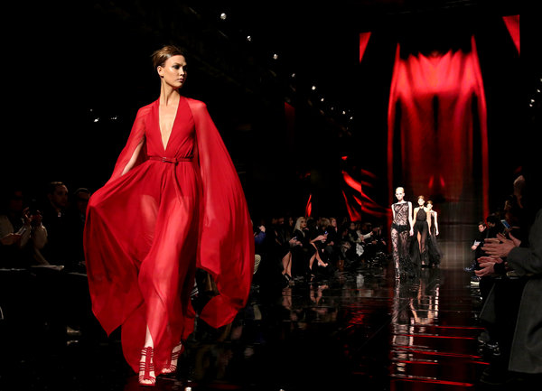 Donna Karan Fall 2014 runway presentation