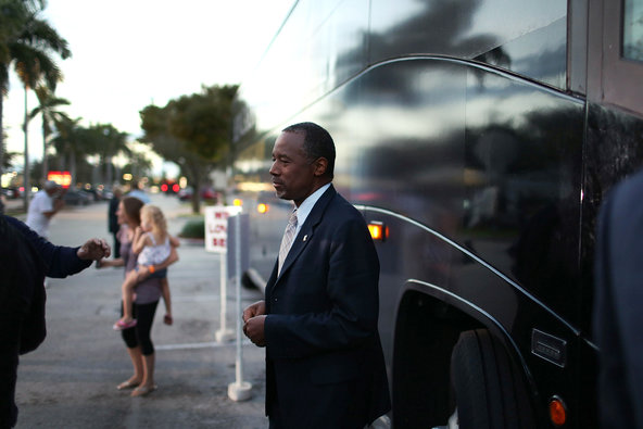 Ben Carson prepared to board his campaign bus after appearing at a book signing in Fort Lauderdale, Fla., on Thursday.