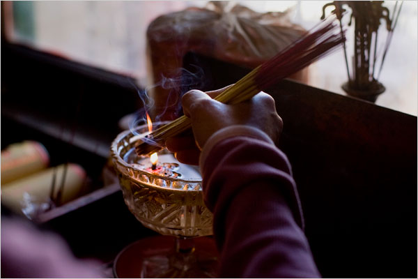 Incense at Tien Hau Temple (NYTimes)