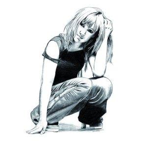 dessin hyperrealiste femme accroupie corps portrait noir et blanc