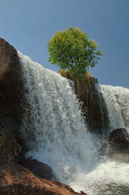 15 Of The Most Picturesque Waterfalls In The World_015