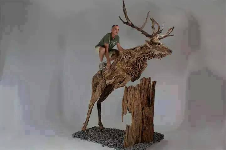 Best Carvings On Drift Wood And Wood Logs 11