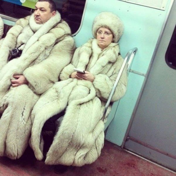 Hilarious Things People Saw While Riding The Subway_024