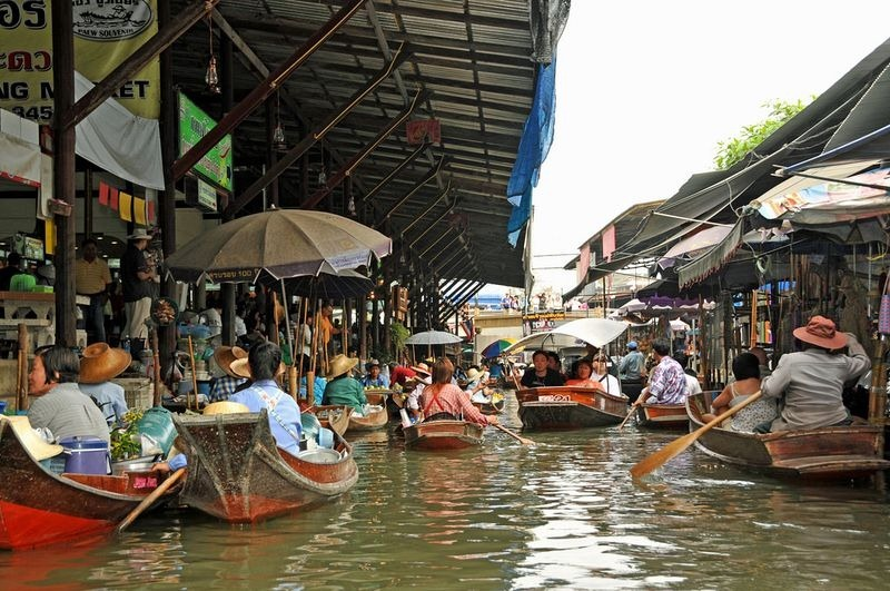Images Of Markets On Boats In Southeast Asia (1)