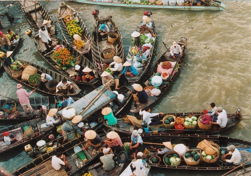 Images Of Markets On Boats In Southeast Asia (12)