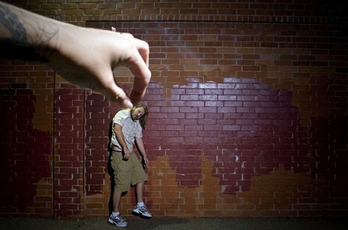 Photographs That Prove Perspective Photography Is The Coolest (2)