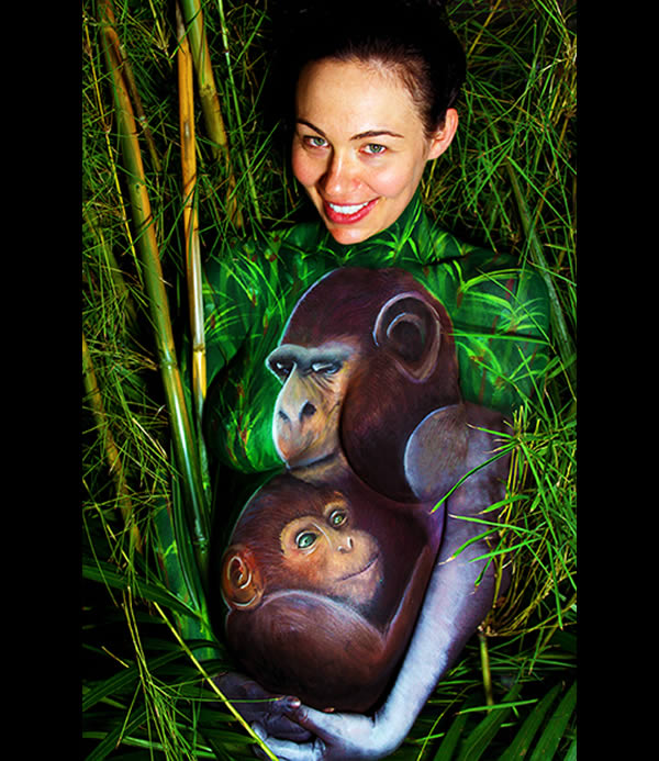 Pictures Of Pregnant Bellies Being Used As A Canvas  (3)
