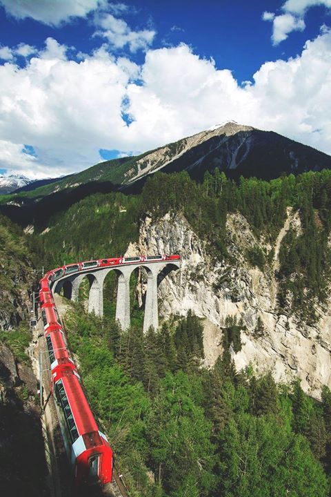 These Pictures Will Make You Want To Board The Glacier Express Right Away! (1)