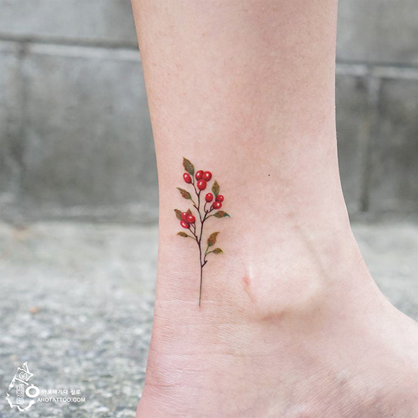 20-tattoo-ideas-for-happy-feet-2
