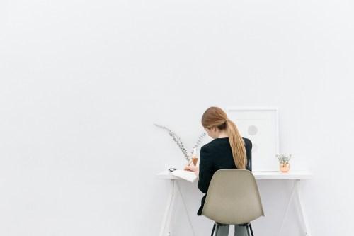 girl-woman-working-2618562-1-1.jpg