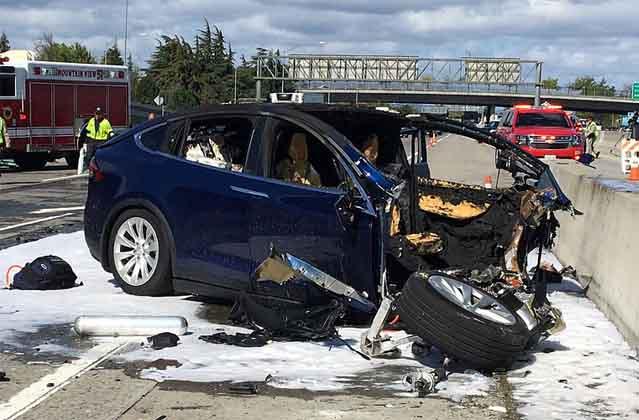 Tesla Model X Accelerated Toward Barrier Before Fatal Crash