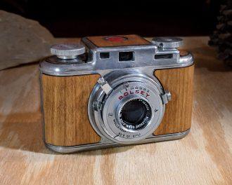 Bolsey b2 wooden film camera