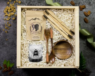 Zero Waste Gift Set Eco Friendly Wood Bowl Spoon Fork Wood Toothbrush Bee Cup Organic Granola Breakfast Brunch Gift Box
