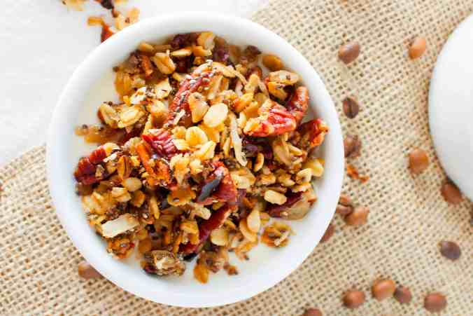 Vanilla Pecan Coffee Granola - a vegan granola recipe sweetened with pure maple syrup from The Grateful Grazer.