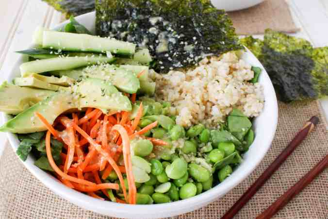Vegan Deconstructed Sushi Salad Bowl. (Pack to-go for a healthy lunch at work or school.)