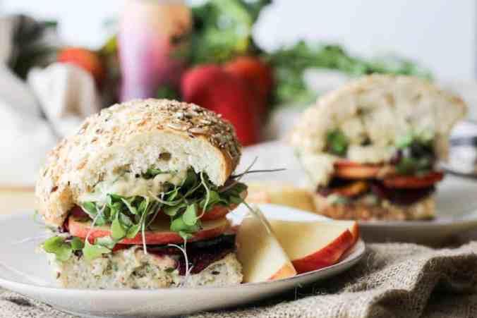 Garlic Tarragon Roasted Beet Sandwiches are a delicious healthy vegan lunch option. Recipe via www.gratefulgrazer.com
