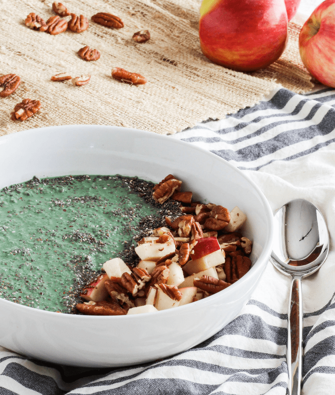 fall smoothie bowl with apples and spirulina