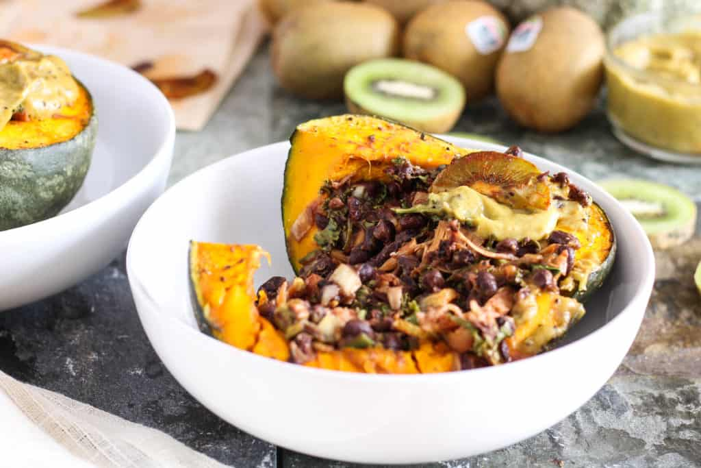 Wondering what's in season right now? The best fruits and vegetables to eat in September + delicious seasonal plant-based recipes to cook at home this month.