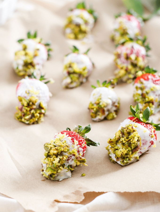 4 Ingredient Pistachio Yogurt Dipped Strawberries