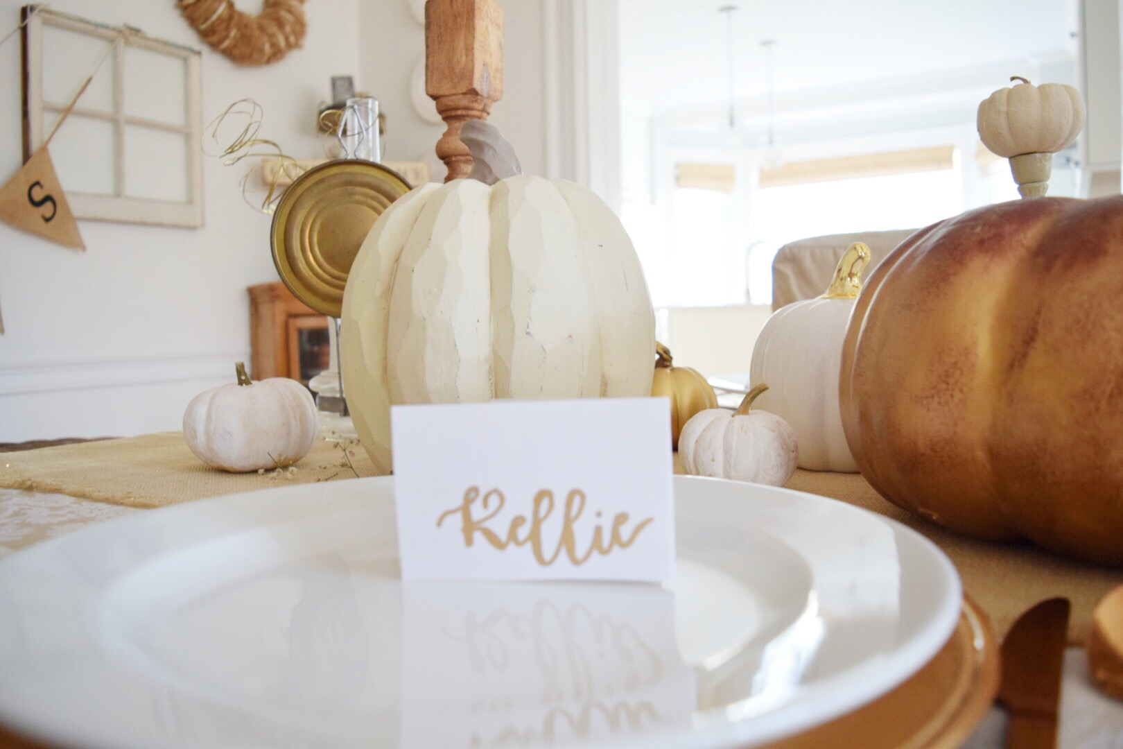 gold-placecards