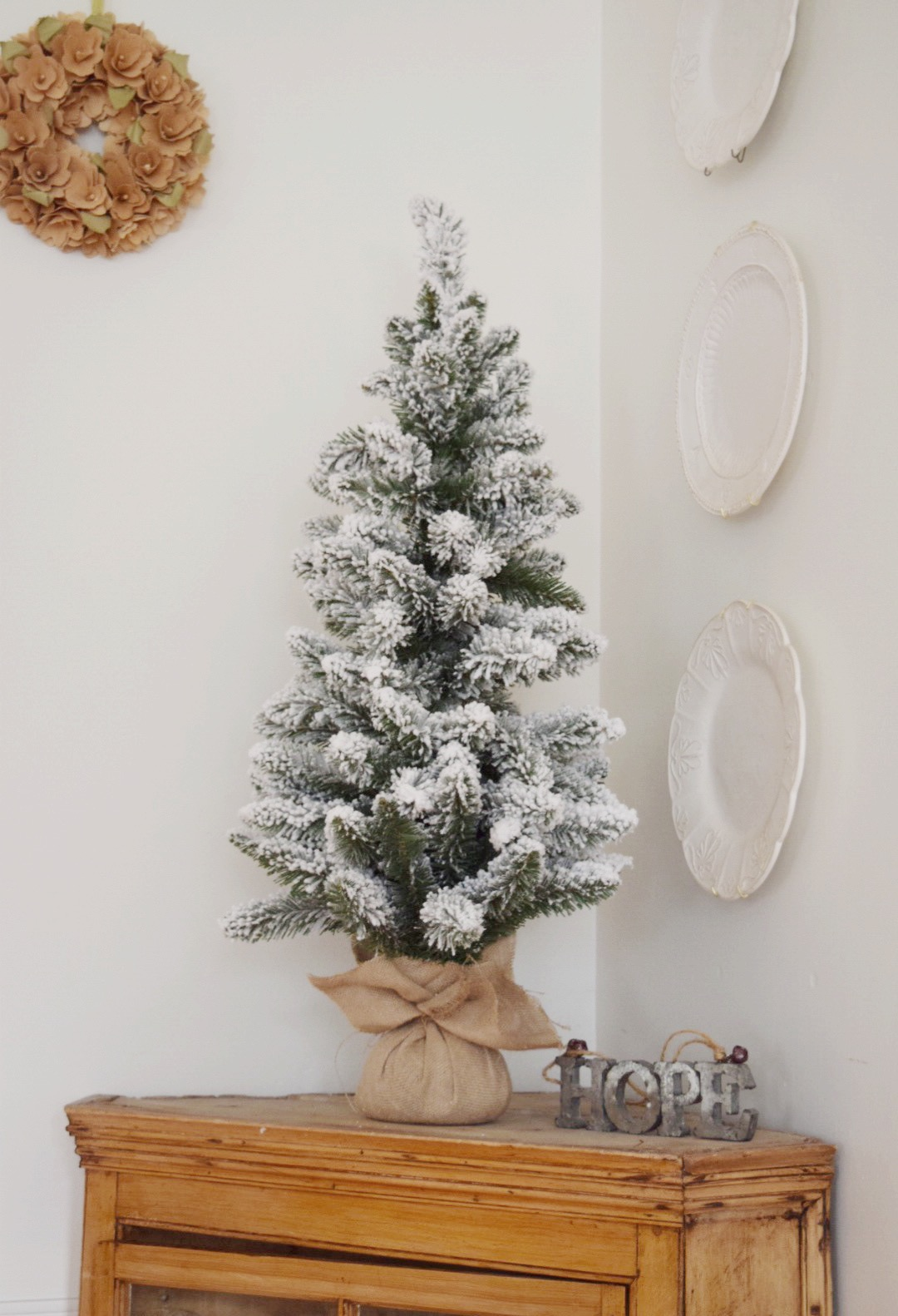 eat-drink-and-be-merry-christmas-tree