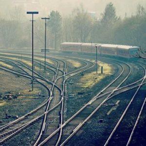 railroad tracks criss-crossing