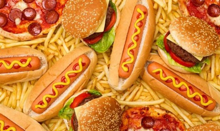 fast food, hot dog, hamburger, cheeseburger, cartofi prajiti, pizza, grasimi saturate