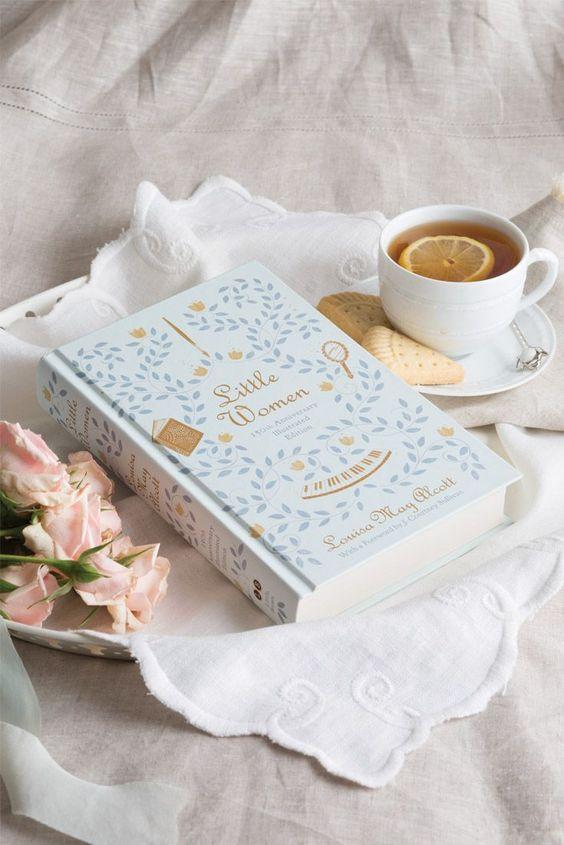 educatie, carte, ceai cu lamaie, biscuiti, timp de lectura,