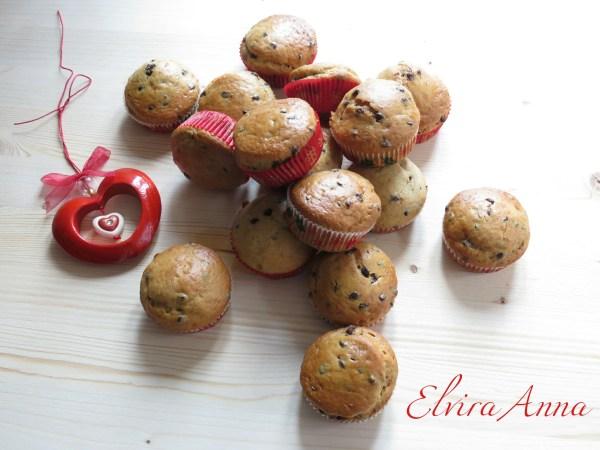 muffin alla banane noci e gocce di cioccolato