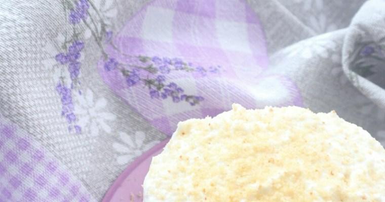 mini cheesecake al cocco con nocciole