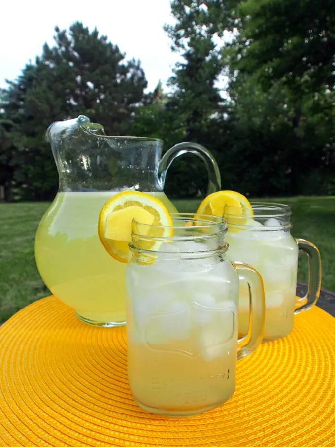 Ginger Lemonade Gravel Dine