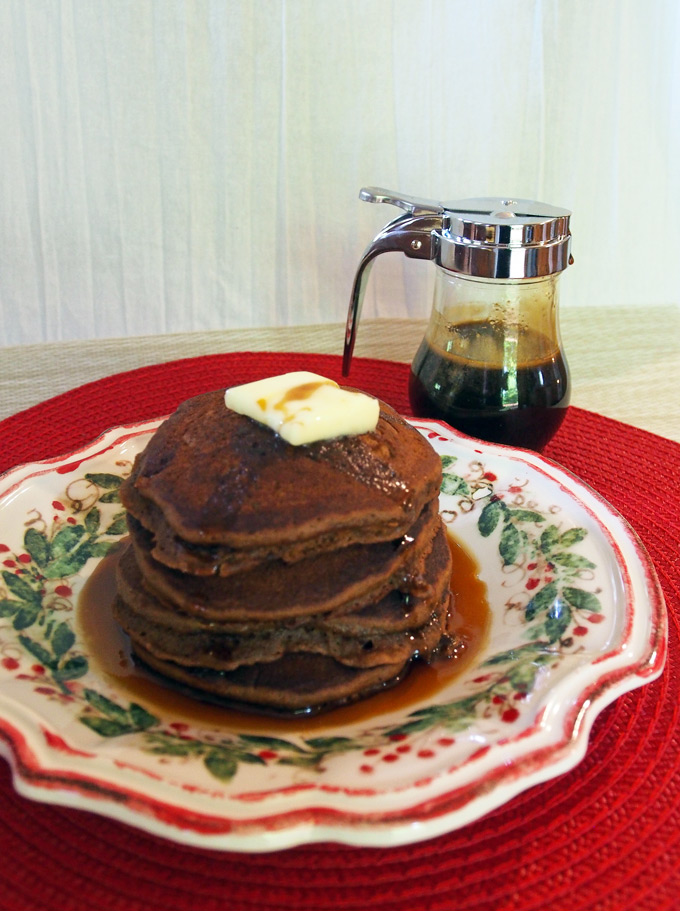 gingerbread-pancakes-12