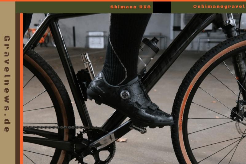 Schuh auf Pedale an Fahrrad