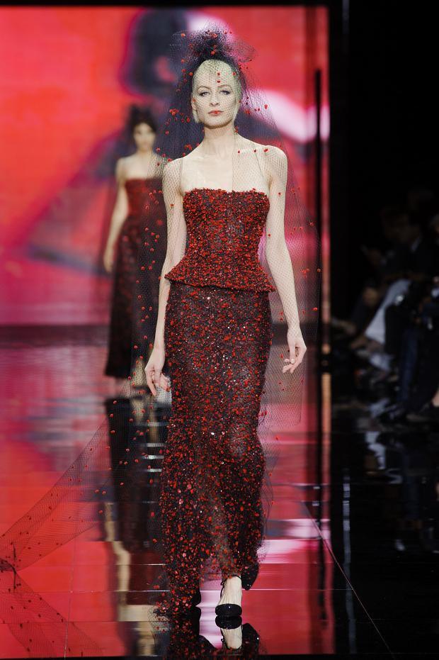 Giorgio Armani Privé Haute Couture Fall Winter 2014 2015