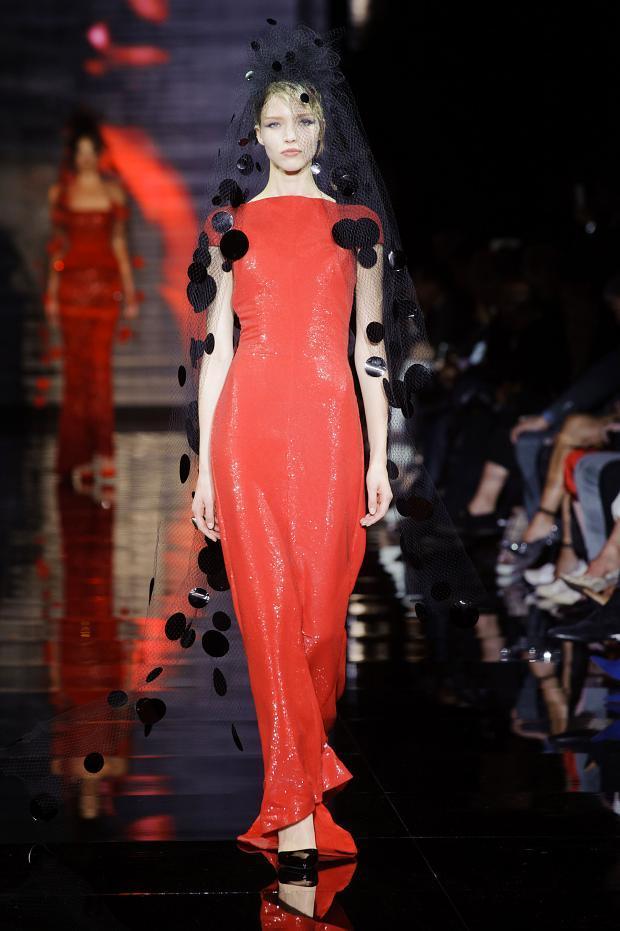 Giorgio Armani Privé Haute Couture Fall Winter 2014 2015 (7)