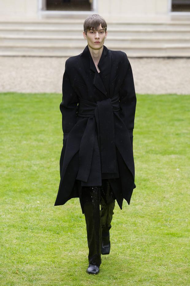 Rad Hourani Haute Couture Fall Winter 2014 2015 black